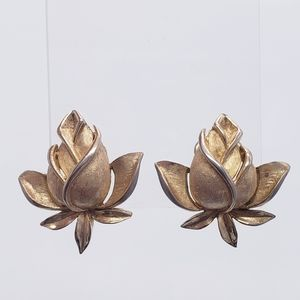 Vintage Signed Crown TRIFARI Rose Bud Earrings